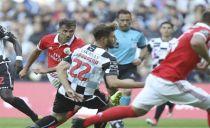 Benfica cai com estrondo no Bessa