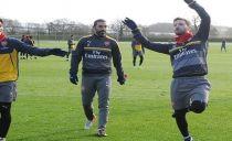 Se o Chelsea vencer o Arsenal, a luta pelo título da Premier League acabou, diz Pirès