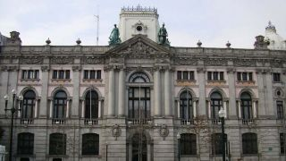 Portugal Buys Back 50 Million Euros of Bonds Due in October 2015